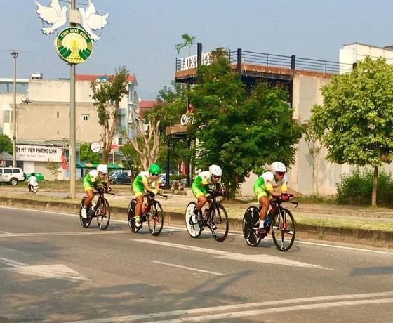 Giải xe đạp VĐQG: TPHCM bị phế truất ở nội dung đồng đội tính giờ ảnh 2