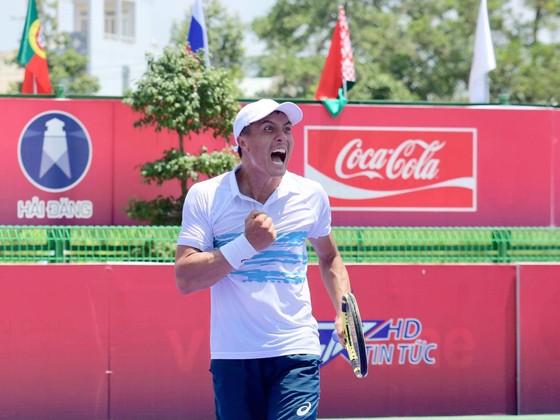 Lý Hoàng Nam thẳng tiến vào tứ kết giải quần vợt ITF World Tour  ảnh 2