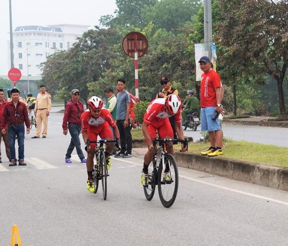 Giải xe đạp VĐQG: Cú đúp vàng cho xe đạp TPHCM ảnh 1