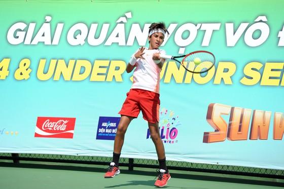 Tài năng trẻ Nguyễn Quang Vinh vô địch giải quần vợt U14 châu Á 2019  ảnh 1