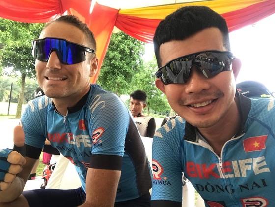 Loic giúp Bike Life Đồng Nai về nhì cá nhân lẫn đồng đội giải xe đạp Selangor Malaysia ảnh 2