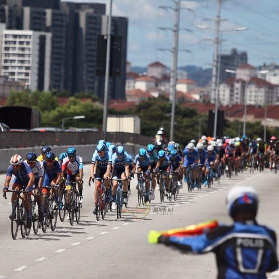 Áo vàng Culey quá mạnh, Bike Life Đồng Nai vẫn đứng nhì sau 3 chặng giải xe đạp Selangor  ảnh 1