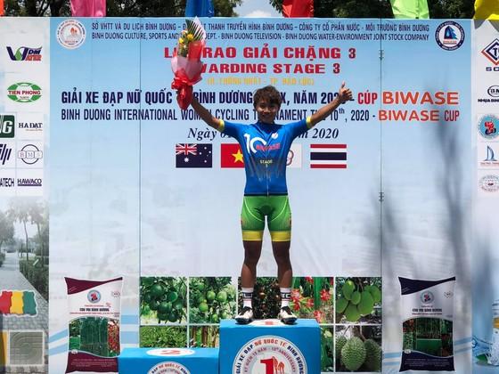 Như Quỳnh toả sáng giúp Biwase thống lĩnh giải xe đạp nữ quốc tế Bình Dương ảnh 1
