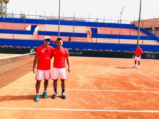 Lý Hoàng Nam cùng đội tuyển Việt Nam quyết thắng ở giải quần vợt đồng đội nam thế giới ảnh 2