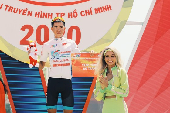 Lê Nguyệt Minh và 40 tay đua khác bị loại khỏi cuộc tranh chấp Cúp xe đạp Truyền hình TPHCM ảnh 3