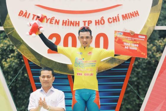 Nguyễn Tấn Hoài lần thứ 4 thắng chặng Cúp xe đạp truyền hình TPHCM ảnh 3