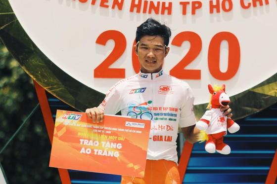 Nguyễn Tấn Hoài lần thứ 4 thắng chặng Cúp xe đạp truyền hình TPHCM ảnh 4