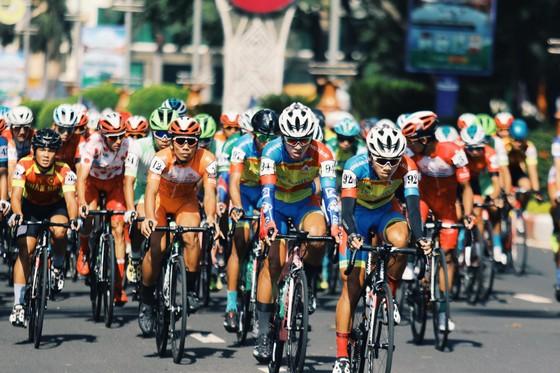 Ngô Văn Phương giúp Hà Nội 7 năm mới thắng chặng Cúp xe đạp Truyền hình TPHCM ảnh 1