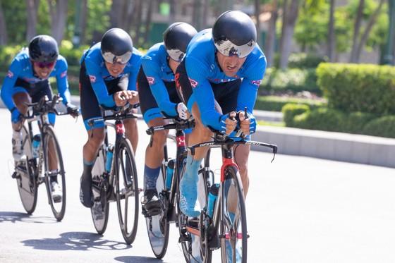 Tay đua Nguyễn Trường Tài lại chiếm Áo vàng Cúp xe đạp Truyền hình TPHCM tại Nha Trang  ảnh 1