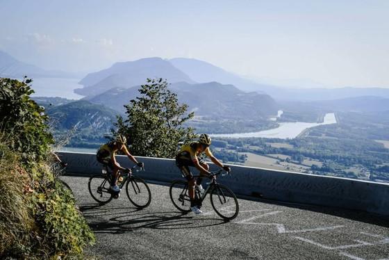 Tour de France 2020: Roglic và Pogacar quyết chiến trên non cao ảnh 2