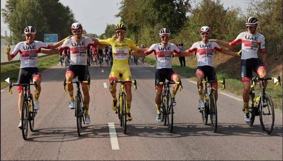 Tân Áo vàng Tour de France Tadej Pogacar muốn lấy vàng ở giải vô địch thế giới ảnh 3
