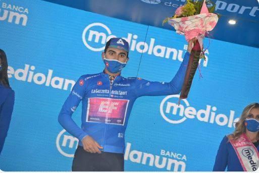 """Giải xe đạp Giro d'Italia: Ruben Guerreiro thắng chặng 9 hất cẳng """"thần gió"""" Filippo Ganna lấy áo xanh dương Vua leo núi ảnh 2"""