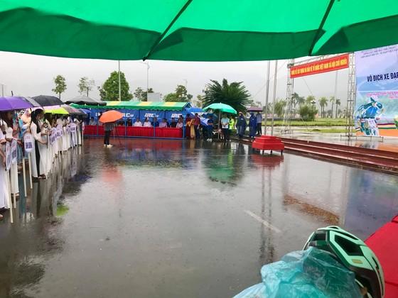 Quàng Văn Cường bảo vệ thành công chiếc HCV tính điểm giải xe đạp vô địch quốc gia ảnh 1