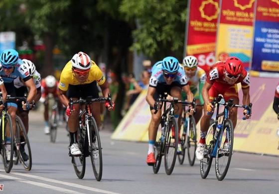Giải xe đạp VTV - Cúp Tôn Hoa Sen 2020 điều chỉnh lộ trình vì mưa bão ảnh 1