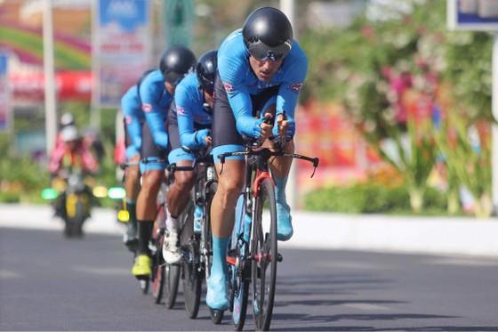 Giải xe đạp VTV - Cúp Tôn Hoa Sen 2020 điều chỉnh lộ trình vì mưa bão ảnh 2