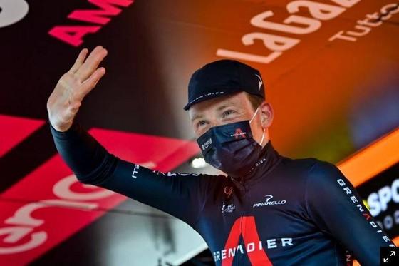 Cuộc chiến Áo hồng giải xe đạp Giro d'Italia gay cấn chỉ tính bằng % giây ảnh 3