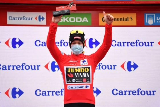 Đồng đội của Nguyễn Thị Thật thắng chặng hơn 200km tại giải xe đạp Vuelta a Espana ảnh 2