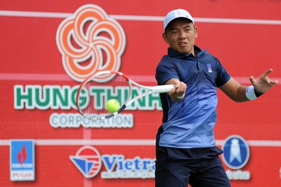 Lý Hoàng Nam tiếp tục thống trị quần vợt Việt Nam.