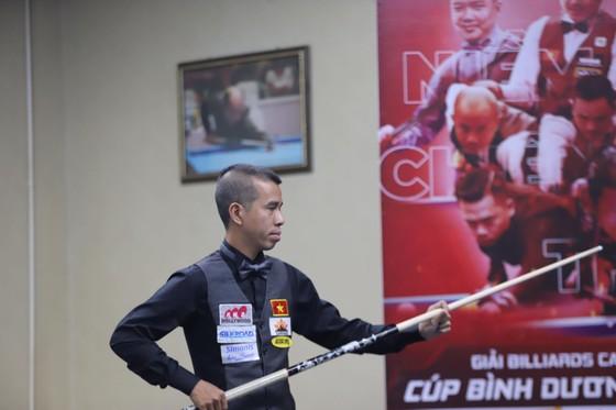 Các cơ thủ Việt Nam đấu nhau giành điểm của Liên đoàn Billiards thế giới ảnh 1