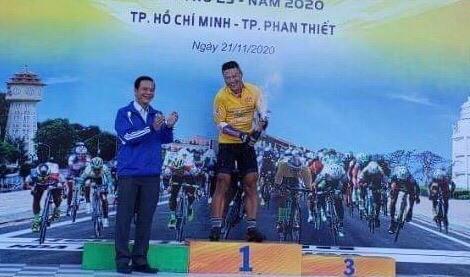 """Đồng Tháp, TPHCM """"canh nhau"""", An Giang thắng lớn ở chặng 2 giải xe đạp Nam Kỳ Khởi Nghĩa ảnh 1"""