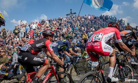 """Giải xe đạp Tour of Flanders hơn 100 năm tuổi """"cấm cửa"""" khán giả ảnh 1"""
