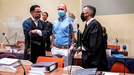 """Tay đua số 1 thế giới Roglic và Dumoulin xuất hiện trong """"đại án"""" doping ảnh 2"""