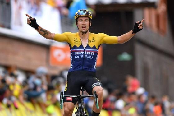 Tay đua số 1 thế giới Primoz Roglic lọt vào tầm ngắm của cuộc điều tra doping.