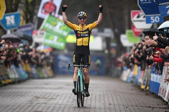 Wout Van Aert lọt vào top 10 tay đua lương cao nhất thế giới ảnh 2