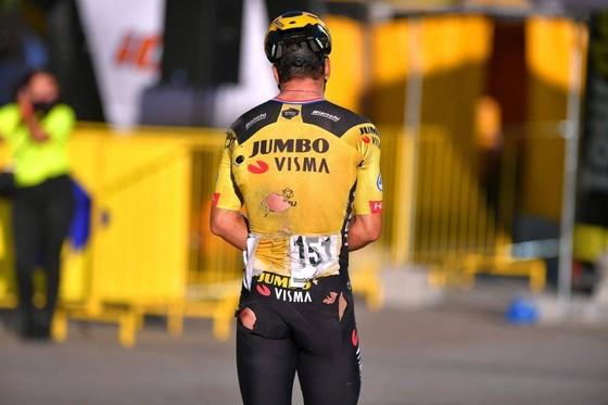 Tay đua Groenewegen bị doạ giết vì gây tai nạn cho Jakobsen ảnh 1