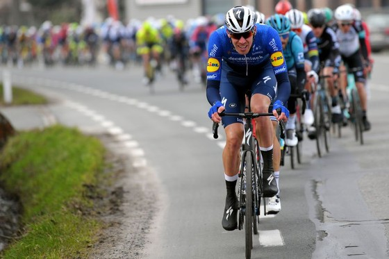Davide Ballerini thắng giải xe đạp Omloop Het Nieuwsblad để biến ước mơ thành sự thật ảnh 1