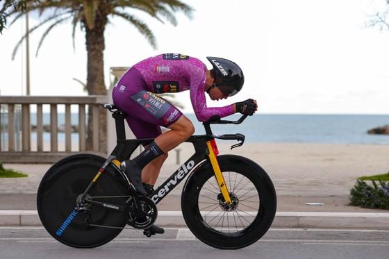 "Chung cuộc giải xe đạp Tirreno – Adriatico 2021: Tadej Pogacar ""gom"" cả 3 chiếc áo danh giá ảnh 2"