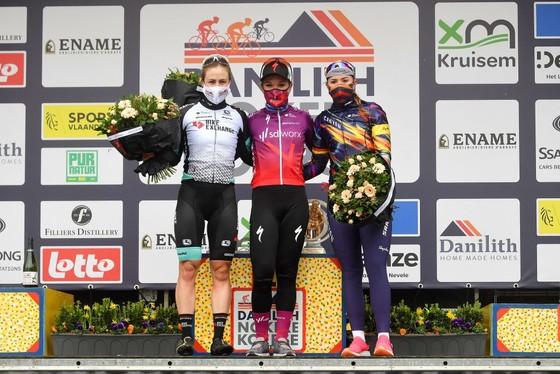 Người đẹp Hà Lan chiến thắng ở giải xe đạp Nokere Koerse 2021 ảnh 2