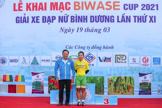 Nguyễn Thị Thật chiến thắng chặng 2 giành Áo xanh giải xe đạp nữ Biwase 2021    ảnh 3