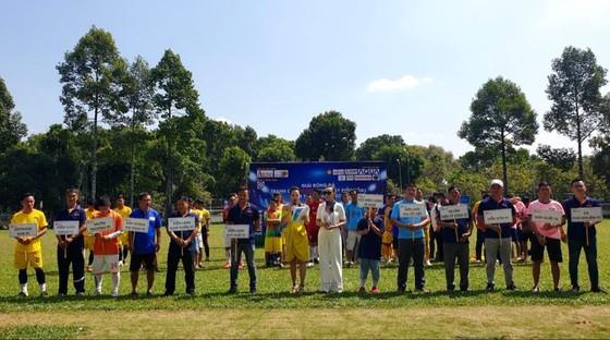 Sôi động giải bóng đá Ngành điện máy – Cúp Akino 2021 ảnh 1