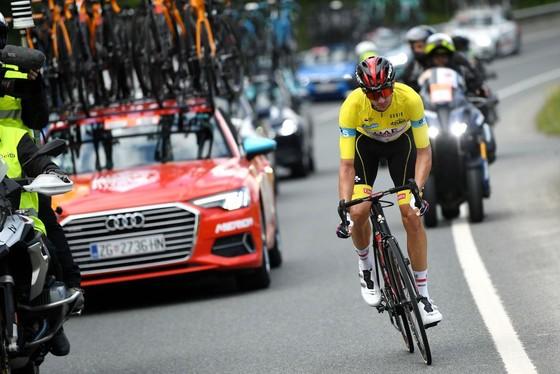 """Primoz Roglic xé Áo vàng ăn """"trọn mâm"""" giải xe đạp Tour of the Basque Country  ảnh 1"""