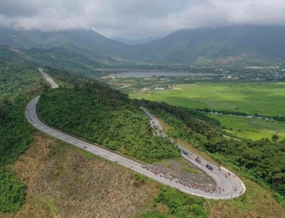 Nguyễn Tấn Hoài lần thứ hai thắng chặng tiến sát Áo vàng Loic ảnh 1