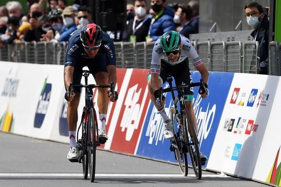 Gianni Moscon đòi lại sự thống trị Tour of Alps ảnh 2