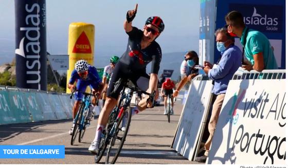 Ethan Hayter chiến thắng chặng 2 Volta ao Algarve 2021