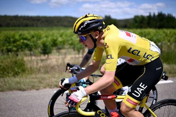 Mark Cavendish cân bằng kỷ lục thắng chặng ở Tour de France ảnh 3