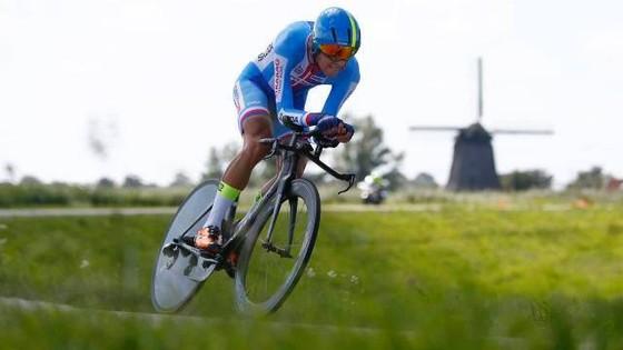 Nhiều đội đua xe đạp tại Olympic khốn đốn vì COVID-19 ảnh 2