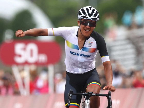 Đánh bại Áo vàng Tour de France Tadej Pogacar, Richard Carapaz giành HCV Olympic  ảnh 2