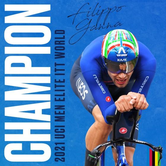 """Filippo Ganna bảo vệ thành công HCV cá nhân tính giờ với tốc độ """"xé gió"""" 54,37 km/giờ ảnh 2"""