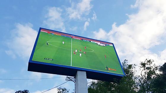 Cả nước vỡ òa trước kỳ tích của U23 Việt Nam ảnh 37