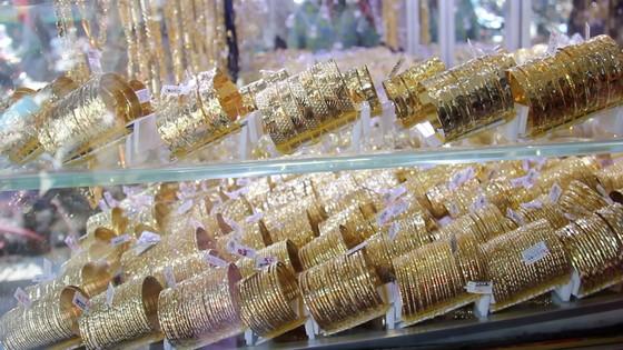 Khách hàng mua vàng thần tài giảm mạnh so với 2019 ảnh 3