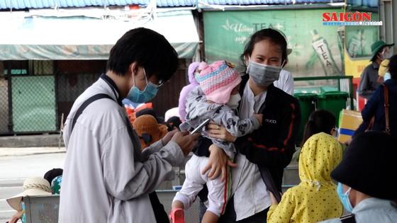 UBND tỉnh Quảng Ngãi đưa người dân về quê tránh dịch ảnh 5