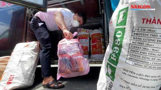 UBND tỉnh Quảng Ngãi đưa người dân về quê tránh dịch ảnh 7