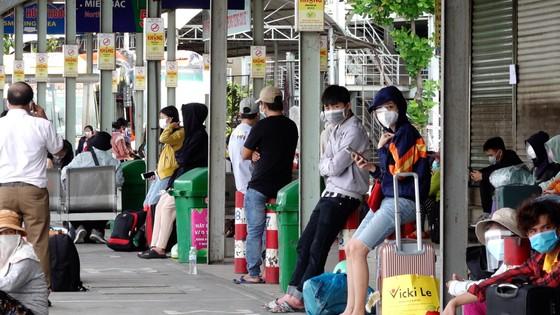 UBND tỉnh Quảng Ngãi đưa người dân về quê tránh dịch ảnh 6