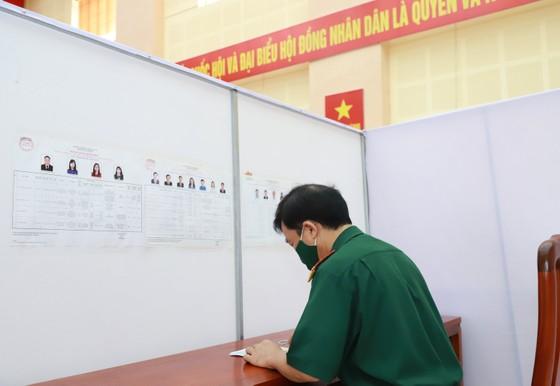 Bắc Ninh tổ chức bầu cử sớm cho hơn 3.200 cử tri ảnh 8