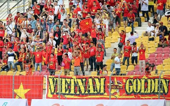 Việt Nam thắng dễ trận mở màn ảnh 2