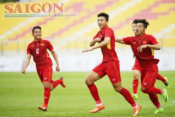Việt Nam thắng dễ trận mở màn ảnh 3